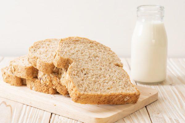 Académicas de la Carrera de Nutrición UC promueven fortificación de lácteos y harinas con vitamina D